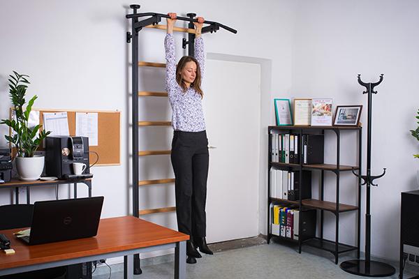 drabinka gimnastyczna do ćwiczeń biurze