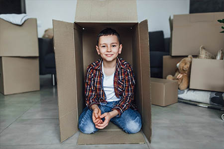 Jak zrobić robota z kartonu - zabawa z kartonem